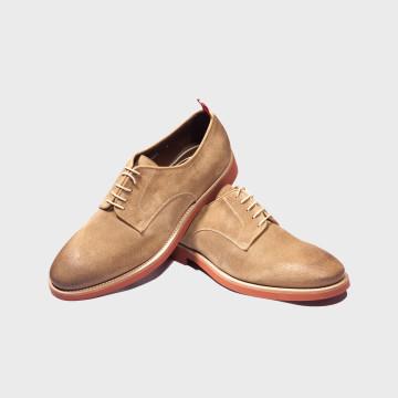 La chaussure Buck Beige